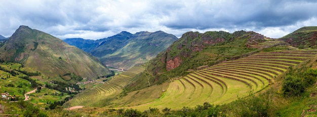 Panorama of ancient terraces of inca and andes mountains. pisac. sacred valley. cusco. peru