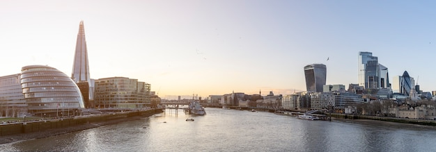 Panorama of the banks of river thames. london financial district cityscape