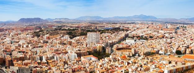 Панорама города аликанте из замка