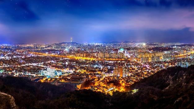 서울, 한국 시내 풍경과 서울 타워의 파노라마