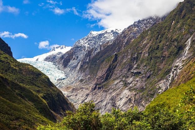 Панорама гор долина ледника франца иосифа южный остров новой зеландии
