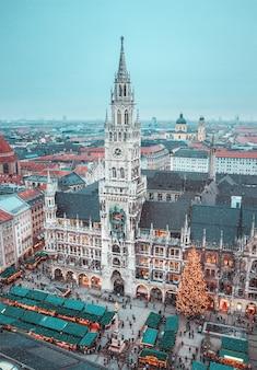 Панорама центральной площади мюнхена