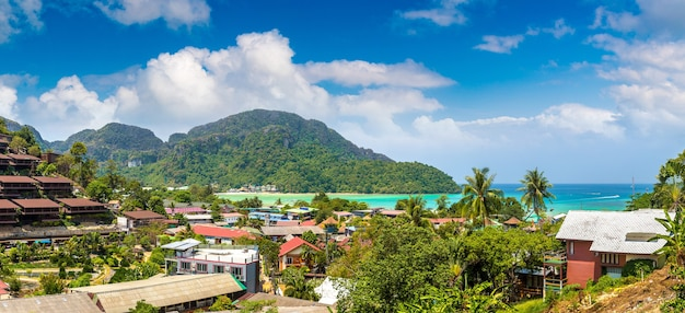 Панорама острова пхи-пхи-дон, таиланд