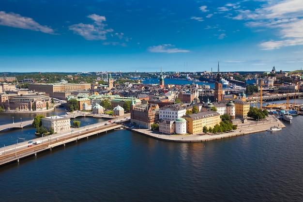 スウェーデンの市庁舎からのストックホルム市のパノラマ