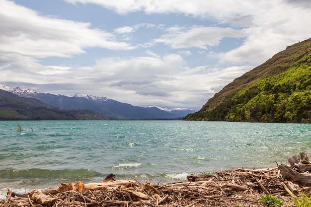 Панорама озера ванака южный остров новой зеландии