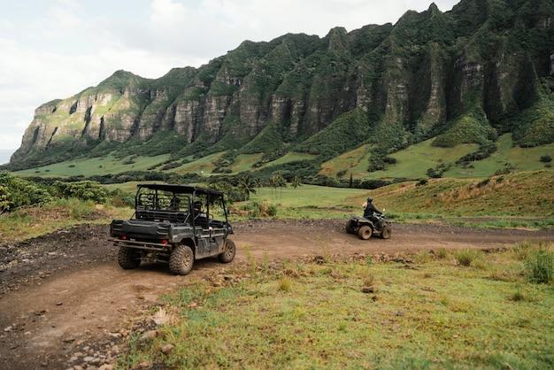 Vista panoramica della jeep alle hawaii