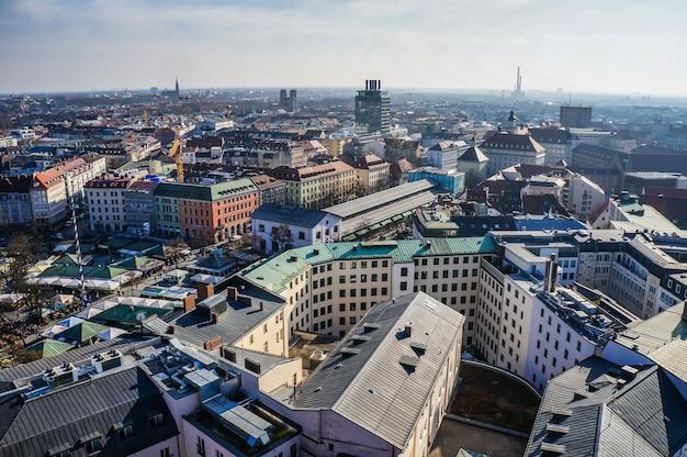 Панорамный вид на центр мюнхена. германия