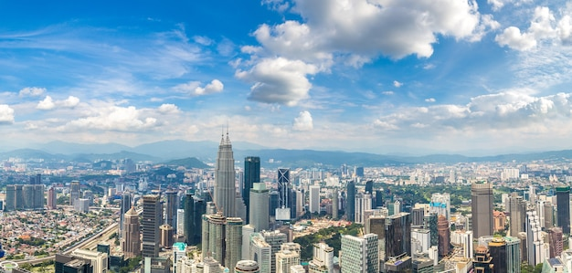 Панорамный вид с воздуха на куала-лумпур