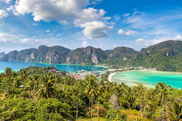 Панорамный вид с воздуха острова пхи-пхи-дон, таиланд