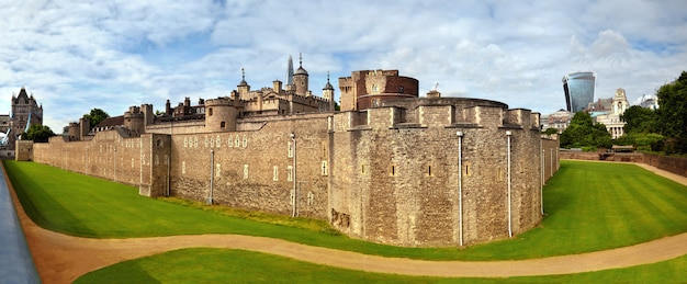 Panoramic image of tower of london with dry moat and outer curtain wall