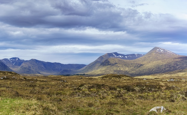 여름 스코틀랜드의 글렌 코에서 파노라마 풍경