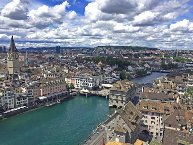 Панорамный вид сверху цюрих в швейцарии