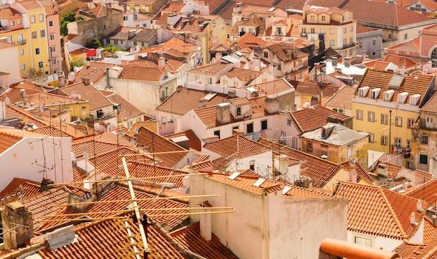 유럽 도시 지붕의 전경