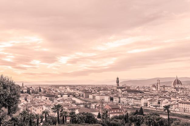 피렌체와 그 유명한 랜드 마크의 탁 트인 전망. 투스카니, 이탈리아. 빈티지 사진 효과