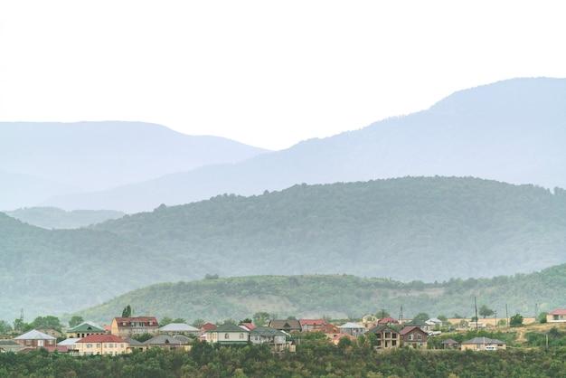 Панорамный вид на город губа