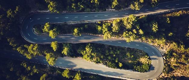 Панорамный вид на дорогу на форментор, майорка, испания