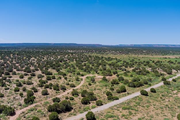 미국 뉴멕시코의 풍경과 같은 희박한 사막의 탁 트인 전망