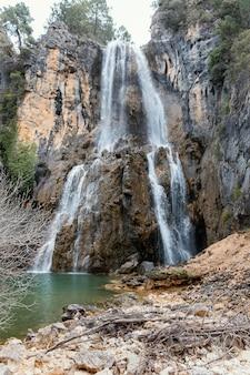 Vista panoramica della cascata