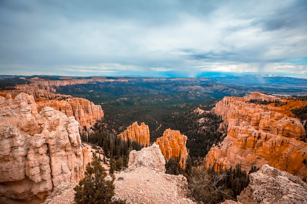 Panoramic of the views at the beginning of the navajo loop trail in bryce national park, utah. united states