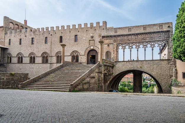 Папский дворец: главная достопримечательность витербо, во дворце в xiii веке около двух десятилетий находилось папство.