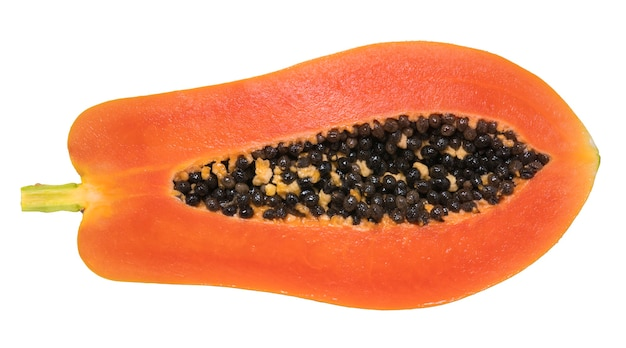 白い背景で隔離の種子とパパイヤの果実。