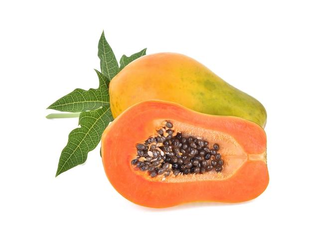 分離されたパパイヤの果実。