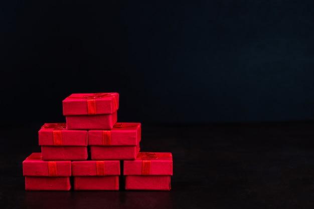 수제 선물 상자 종이 예술 발렌타인 개념 배너,