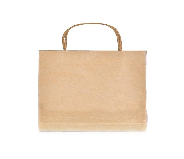 Бумажный пакет на белом фоне