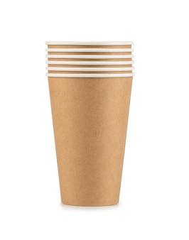 クリッピングパスを含む白い背景に分離された紙のコーヒーカップ