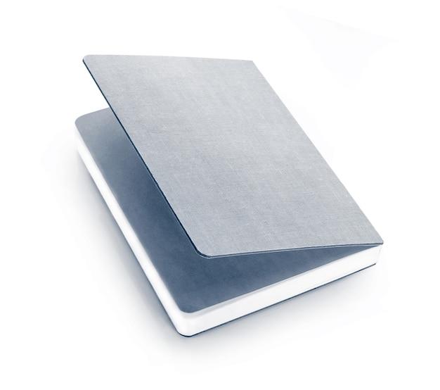 白い背景で隔離の紙のメモ。