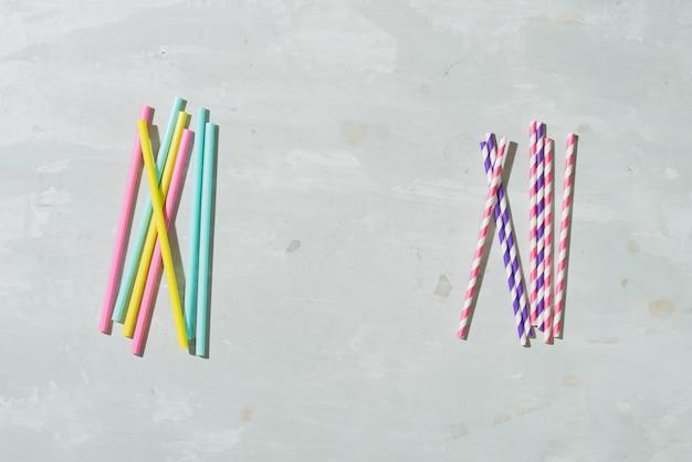 식 수용 종이 빨대는 작고 가벼운 플라스틱에 '아니오'라고 말하며 종종 재활용 노력을 피합니다.
