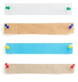 Полоски бумаги, изолированные на белом фоне