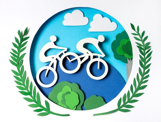 Соревнования по велоспорту в бумажном стиле