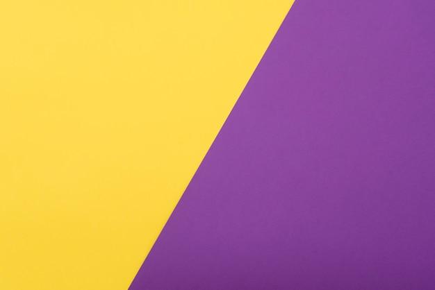 Бумажный шаблон с пространством для текста, идей. цветная бумага желто-пурпурная, плоская