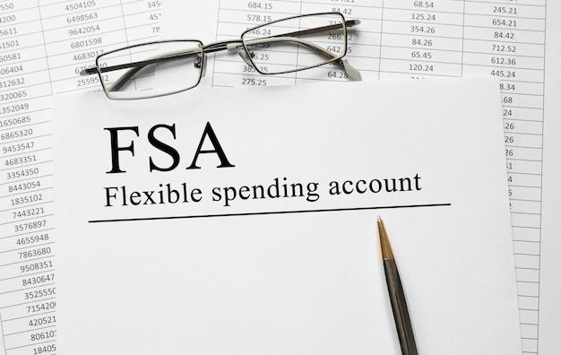 Бумага с гибким расходным счетом fsa на столе