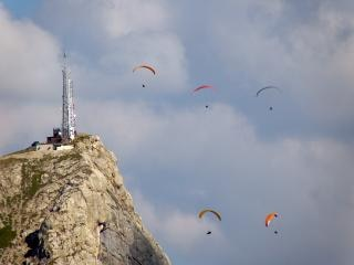 Paragliders, mountain