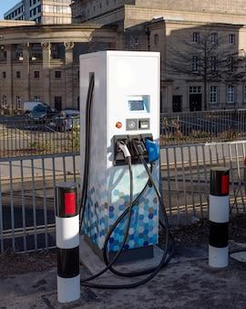 市内の電気自動車用駐車場