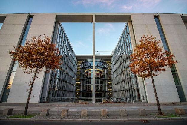 ドイツ、ベルリンの国会議事堂。
