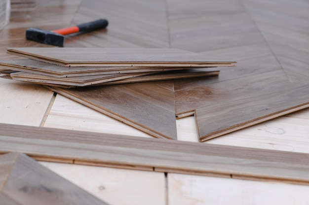 Parquet flooring tables