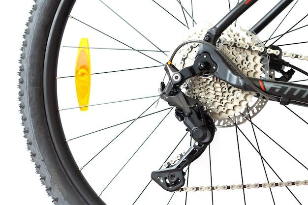 自転車カセットチェーンリアディレイラーホイールクローズアップの部品