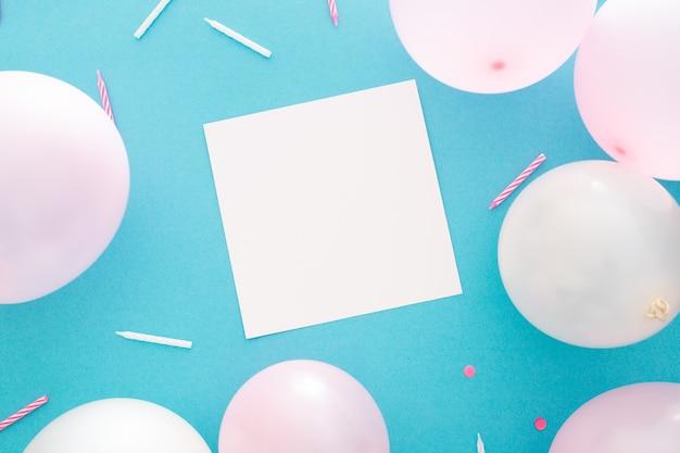 テキスト用のスペースがあるパーティーや誕生日のバナー