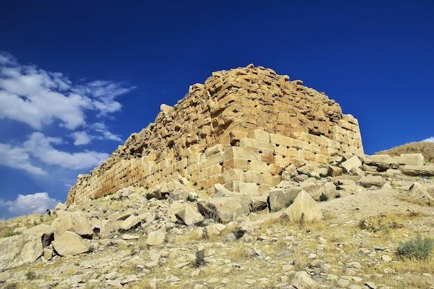 Pasargadae tomb and necropolis iran