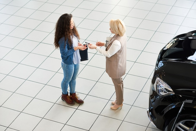Passing key to new car owner