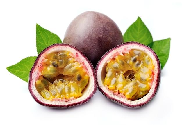 Маракуйя крупным планом плодов маракуйи