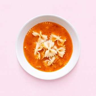 아이들을 위한 파스타 & 토마토 수프 점심