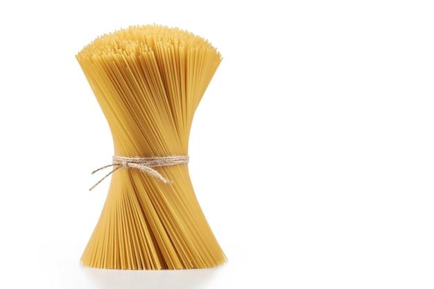 白のパスタスパゲッティ、ホイップで包帯