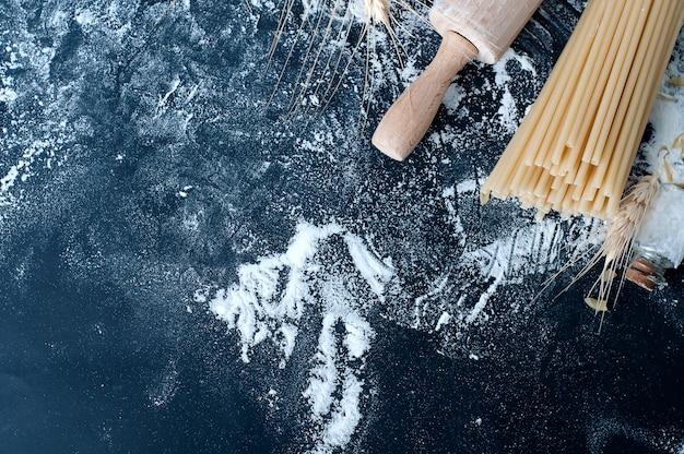 Pasta spaghetti with flour