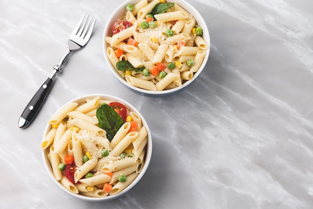 Pasta with vegetable and cheese
