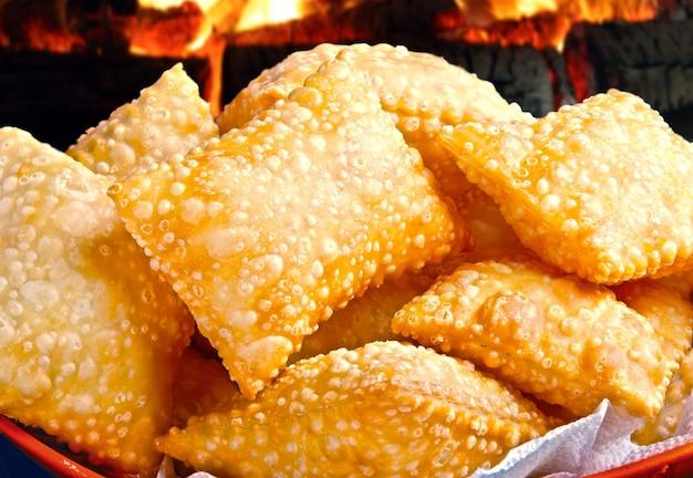 パステル、ブラジルのスナック、伝統的なブラジルのペストリー