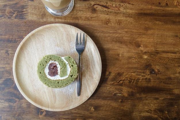 ペストリーロール緑茶赤豆